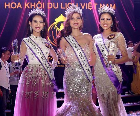 Nguyen Thi Thanh - nguoi dep dau tien bi tuoc danh hieu? - Anh 1