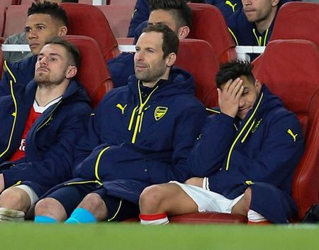 Chum anh: Sanchez cau co tren san tap Arsenal truoc tran tu ket FA Cup - Anh 5
