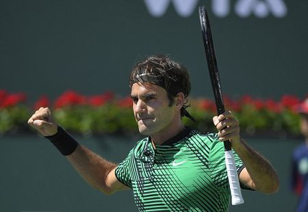 Federer va Vesnina vo dich Indian Wells sau nhung tran chung ket toan Thuy Sy, toan Nga - Anh 1