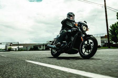 Top 10 nguy hiem nhat lai xe moto can tranh (P1) - Anh 3