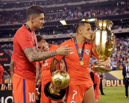 Tai sao Copa America duoc to chuc cung voi Euro 2020? - Anh 1