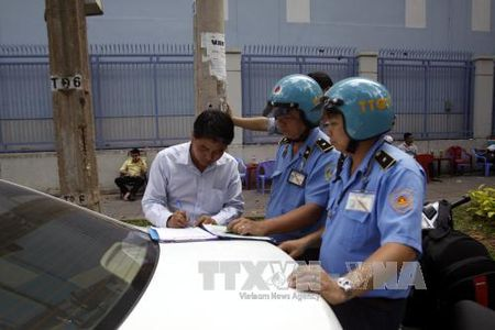 Khong chen ep kinh doanh van tai tren he thong Uber - Anh 1