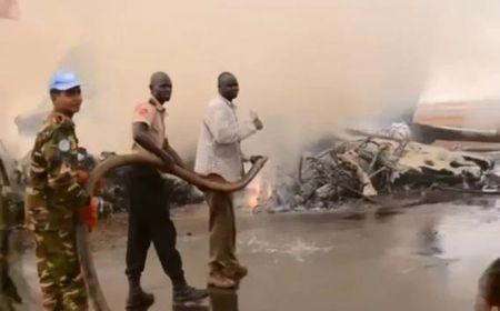 Vi sao 49 nguoi thoat chet than ky khi may bay no tung o Nam Sudan? - Anh 2