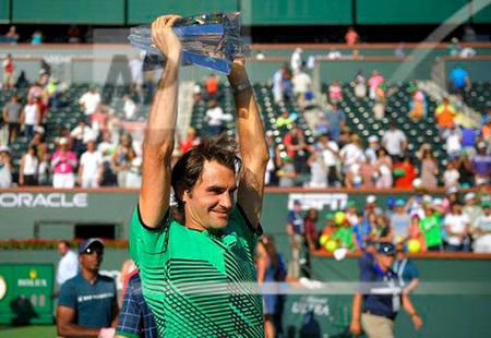 """Vua tennis"" Federer: Nguoi den tu hanh tinh khac - Anh 2"