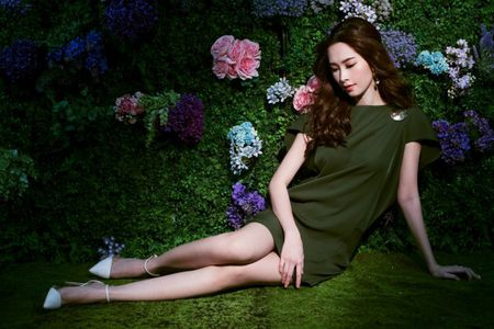 Hoa hau Thu Thao dep long lay trong vuon tinh yeu - Anh 4