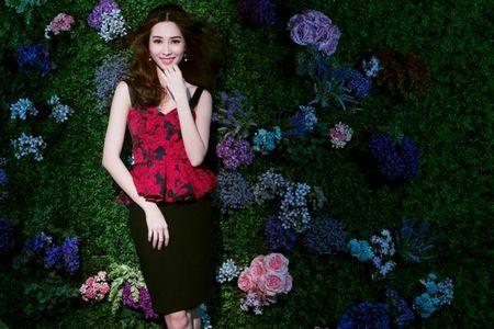 Hoa hau Thu Thao dep long lay trong vuon tinh yeu - Anh 8