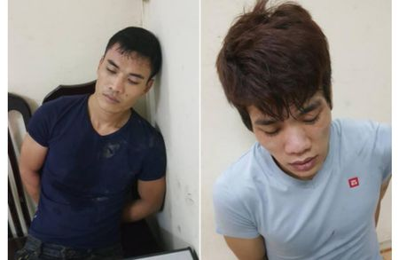 Mang theo nhieu ma tuy, thay canh sat 2 doi tuong vut xe bo chay - Anh 1