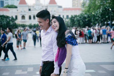 Cong Vinh - Thuy Tien len kenh truyen hinh the gioi - Anh 1