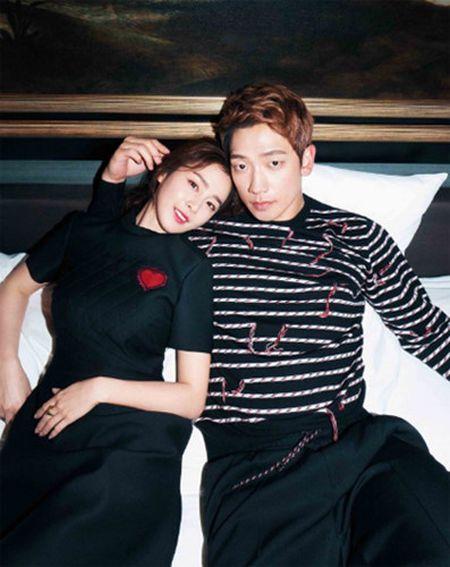 Chuyen showbiz: Yen Trang tai hop nhom May Trang, chup anh ban nude - Anh 8