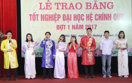 147 sinh vien Hoc vien Quan ly Giao duc nhan bang tot nghiep - Anh 5