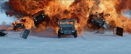 Nhung ly do khien 'Fast & Furious 8' xung dang la 'ong hoang' phim hanh dong nam 2017 - Anh 8