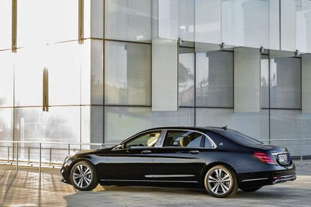 Ngam Mercedes-Maybach S 680 va S 560 'facelift' vua trinh lang - Anh 11