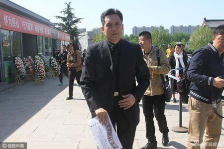 Dan sao 'Tay Du Ky' nghen ngao tien dua dao dien Duong Khiet - Anh 12
