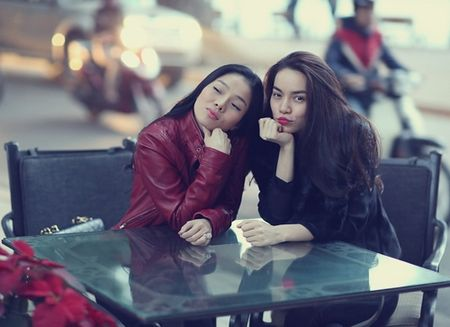 Sau khi bi to 'chen ep' Minh Hang, Ha Ho ngay cang co don trong showbiz Viet - Anh 6