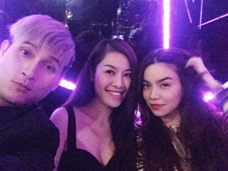 Sau khi bi to 'chen ep' Minh Hang, Ha Ho ngay cang co don trong showbiz Viet - Anh 9