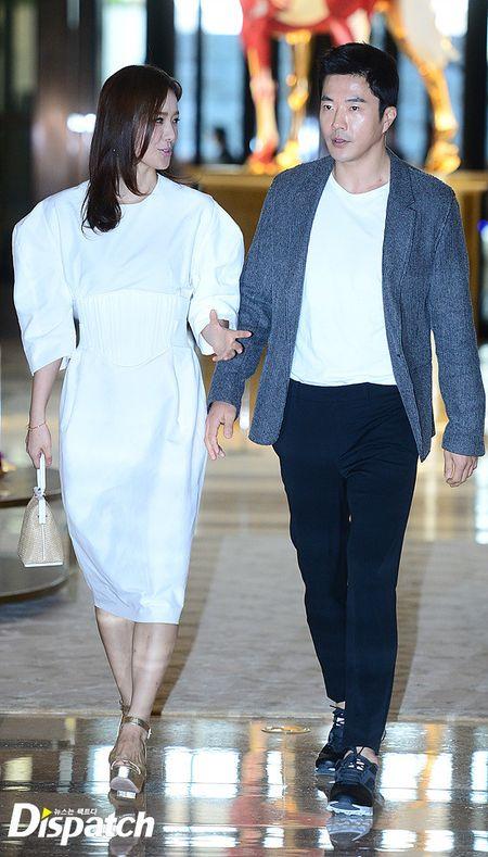 Vo chong Lee Byung Hun ngot ngao hon sau be boi ngoai tinh - Anh 3