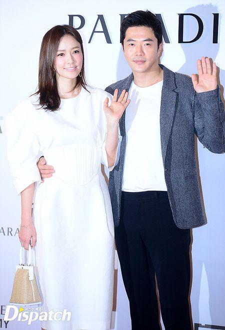 Vo chong Lee Byung Hun ngot ngao hon sau be boi ngoai tinh - Anh 4