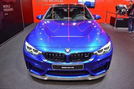 M4 CS khang dinh dang cap dong xe the thao cua BMW - Anh 2