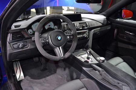 M4 CS khang dinh dang cap dong xe the thao cua BMW - Anh 3