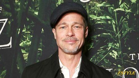 Angelina Jolie tranh thu luc cac con gap Brad Pitt de hen ho tinh moi - Anh 2