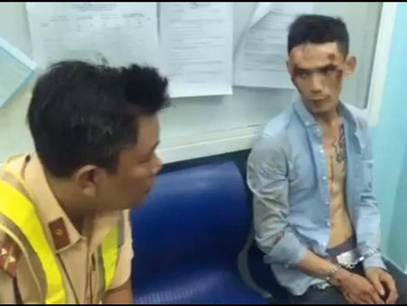 CSGT Thu Duc theo dau dinh vi bat ke trom xe - Anh 2