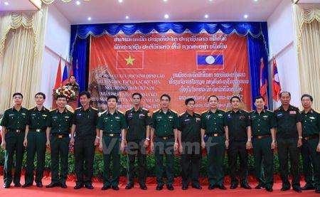 Gap mat cuu luu hoc sinh quan su Lao tung hoc tap tai Viet Nam - Anh 2