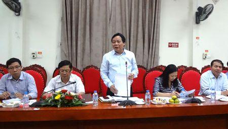 Ban Tuyen giao Thanh uy lam viec voi nganh Giao duc Thu do - Anh 1