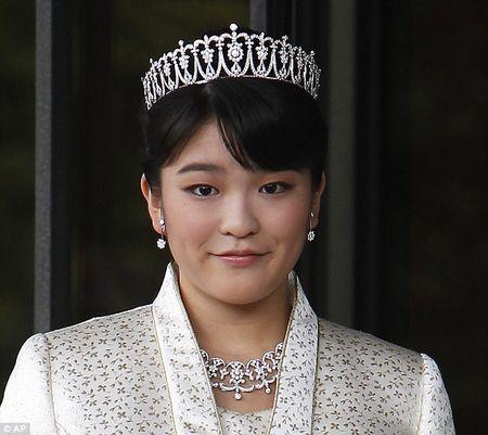 Chiem nguong nhan sac cong chua Nhat Ban tu bo dia vi Hoang gia de ket hon voi thuong dan - Anh 7