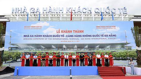 Cang hang khong quoc te 3.500 ty chinh thuc dua vao khai thac - Anh 2