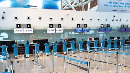 Vietnam Airlines khai truong dich vu bay quoc te tai Da Nang - Anh 1