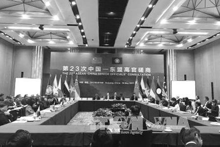 ASEAN - Trung Quoc no luc nang kim ngach thuong mai hai chieu dat 1.000 ty USD - Anh 1