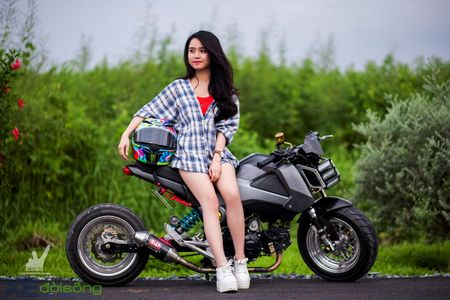 Honda MSX125 do khung sanh buoc cung hot teen Sai Gon - Anh 17
