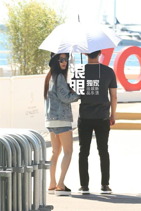 'Bo be' Cannes, Pham Bang Bang vo tu hen ho cung Ly Than giua troi Tay - Anh 14
