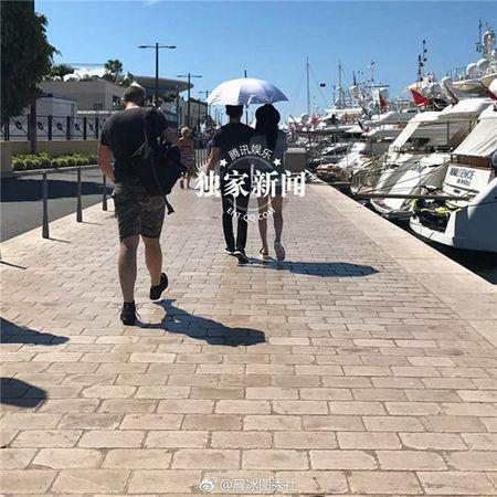 'Bo be' Cannes, Pham Bang Bang vo tu hen ho cung Ly Than giua troi Tay - Anh 18