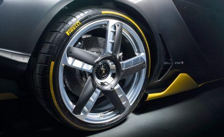 Lamborghini Centenario cuc doc, lan dau co mat chau A - Anh 5