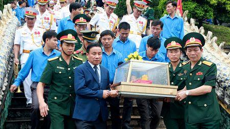 An tang 12 hai cot liet si hy sinh o Lao - Anh 1
