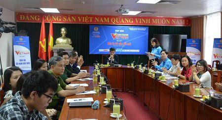 Dau an 30 nam doi moi trong chuong trinh 'Vinh Quang Viet Nam' - Anh 1