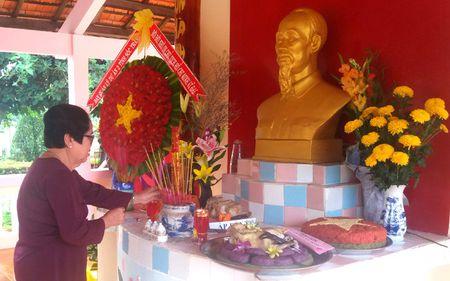 Cac dia phuong ky niem 127 nam Ngay sinh Chu tich Ho Chi Minh - Anh 2