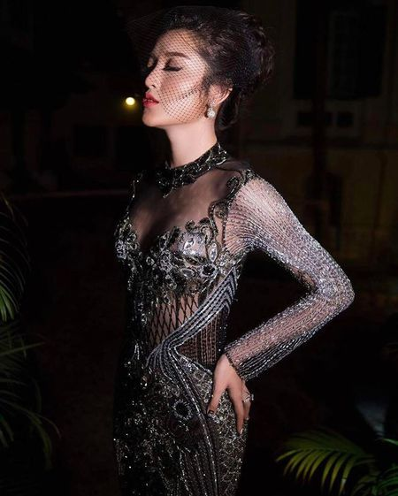A hau Huyen My u buon nhung van dep 'rung roi' - Anh 7