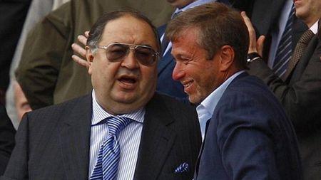 Usmanov san sang sa thai Wenger, hua 'tao bom tan' cho Arsenal - Anh 1