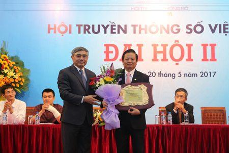 Thu truong Bo TT&TT Nguyen Minh Hong dac cu Chu tich Hoi Truyen thong so Viet Nam - Anh 5