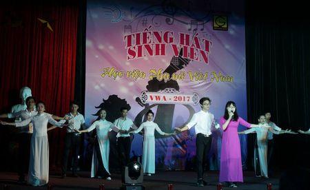 Soi dong dem chung ket tieng hat sinh vien Hoc vien Phu nu - Anh 2