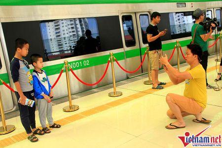 Nhieu bat tien o tuyen duong sat tren cao Cat Linh-Ha Dong - Anh 11