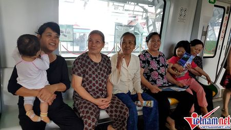 Nhieu bat tien o tuyen duong sat tren cao Cat Linh-Ha Dong - Anh 8