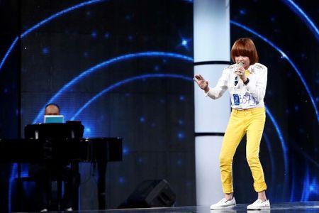 Nghen ngao co be khiem thi hat ca khuc ve me tai Vietnam Idol Kids - Anh 2