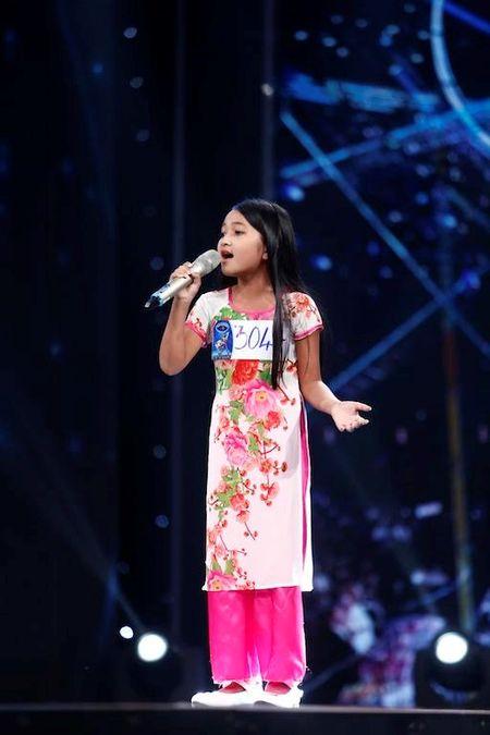 Nghen ngao co be khiem thi hat ca khuc ve me tai Vietnam Idol Kids - Anh 3