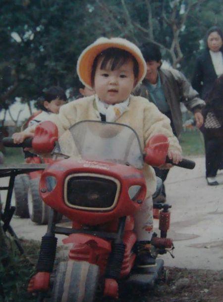 Sao Viet 2/6: Hoa Minzy muon do cu nhan 'song ao', Tam Tit bau 7 thang 'nhu khong' - Anh 8