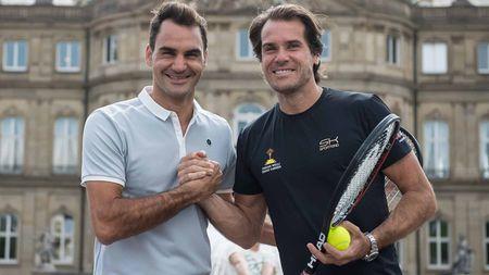 Tennis ngay 16/6: Djokovic pha le, du giai tien Wimbledon. Federer khong bat ngo khi thua trong ngay tai xuat - Anh 3