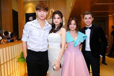 Gai 18 Kaity Nguyen phong phao 'vuot mat' Thuy Top, Elly Tran - Anh 10