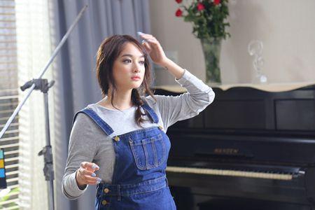 Gai 18 Kaity Nguyen phong phao 'vuot mat' Thuy Top, Elly Tran - Anh 17